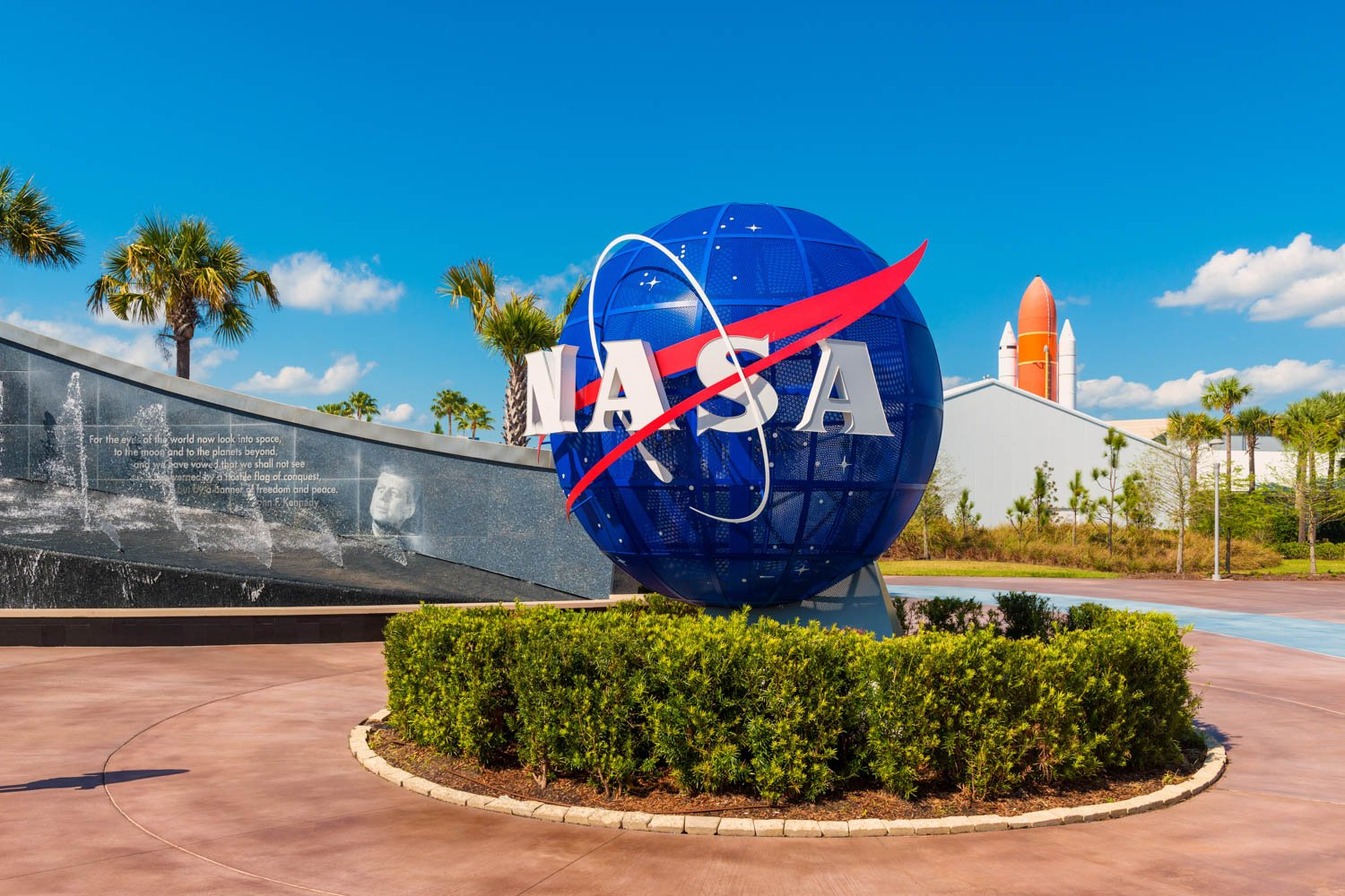The Kennedy Space center is one of the more unique things to do in Orlando. Usually, museums are one of the things to do in Orlando Florida people think of.
