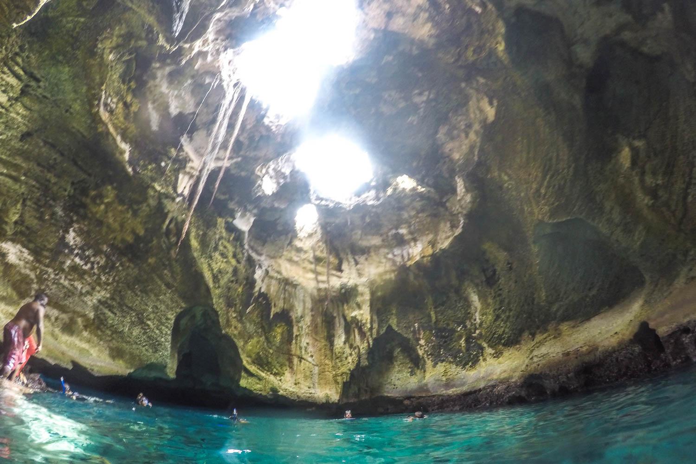 The impressive Thunderball Grotto Bahamas. James Bond Thunderball Grotto Exuma of the Thunderball film.